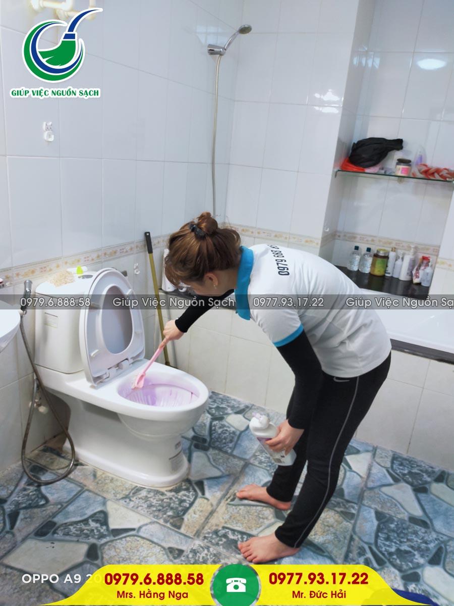 Cung cấp người giúp việc chăm người bệnh tại Hà Nội