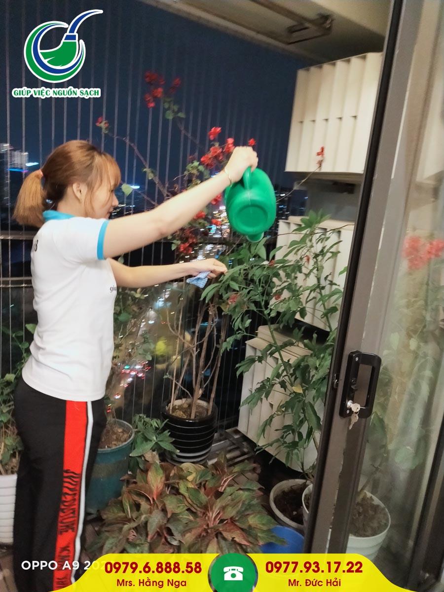 Tìm giúp việc ăn ở lại tại Hà Nội