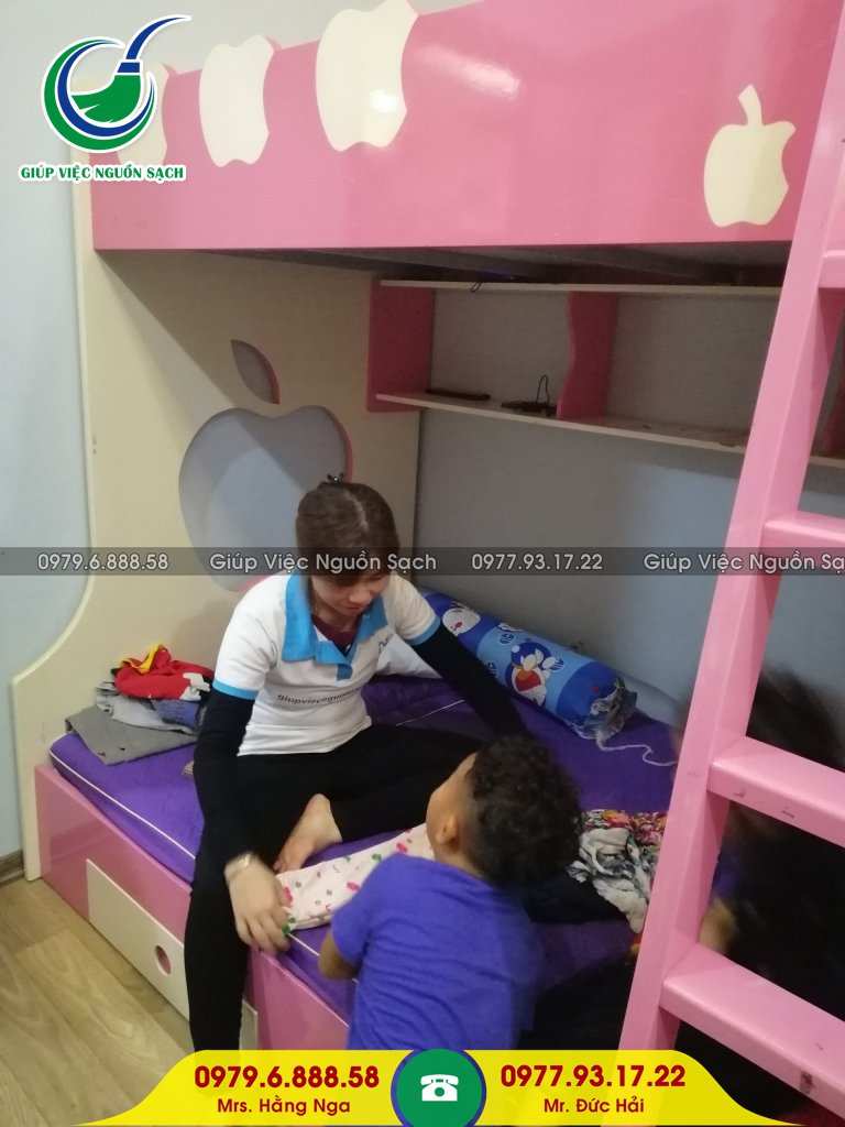 Giá giúp việc chăm trẻ tại Hà Nội