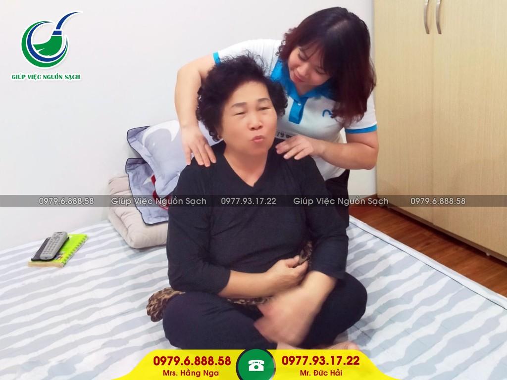 Cung cấp người giúp việc chăm người già tại Hà Nội
